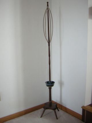Will Taylor's Free Standing Distaff by Loom N Essence